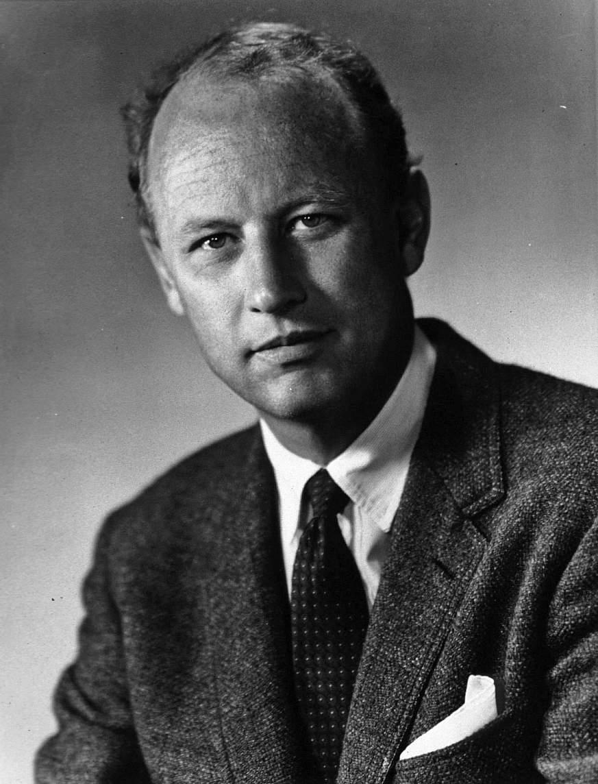 portrait of Donald S. Fredrickson, M.D.