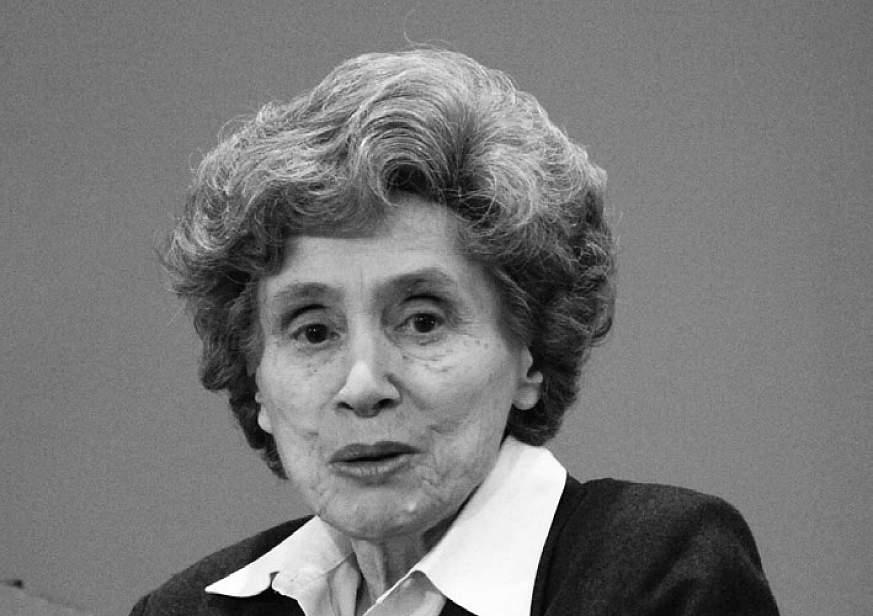 Photo of Dr. Ruth L. Kirschstein