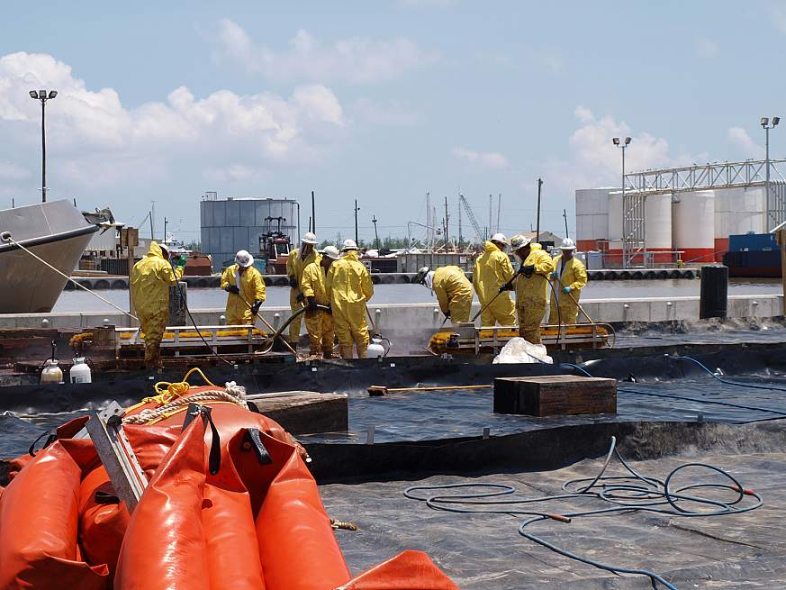 Image of oil spill cleanup workers