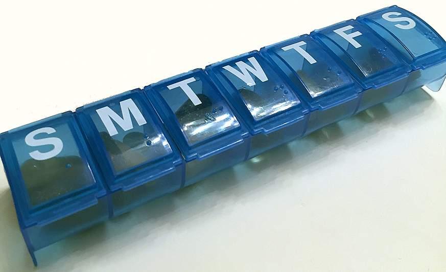 Daily pill organizer