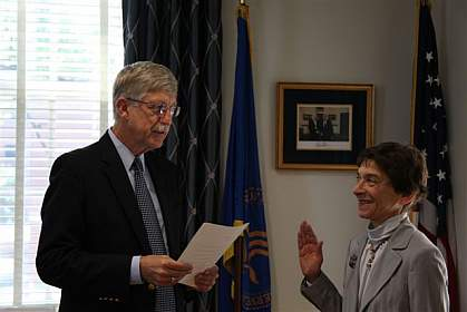 NIDCR Director Somerman Sworn In
