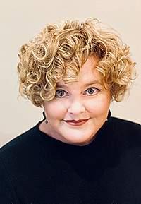 portrait of Shannon Zenk
