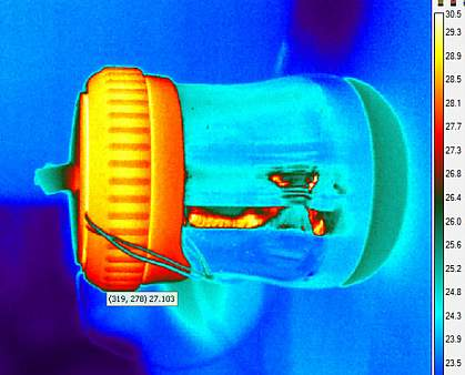 Thermal image of NINA device showing areas of heat loss and retention