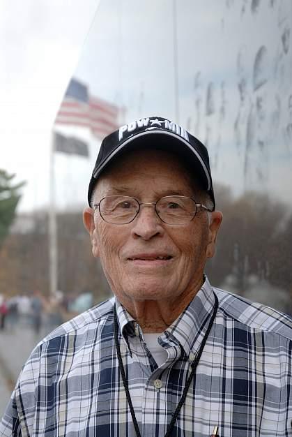 Photo of an elderly veteran