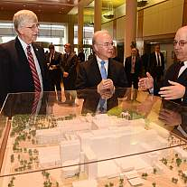 Secretary Price visits the National Institutes of Health (NIH) in Bethesda, MD