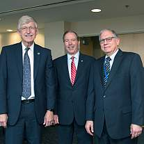 Senator Tom Udall visits NIH