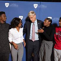 Dr. Francis Collins meets with family of Henrietta Lacks