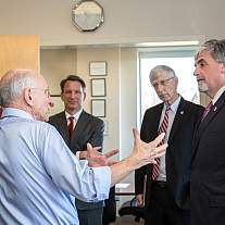 Acting HHS Secretary Hargan visits NIH