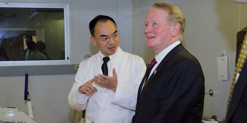 Rep. Leonard Lance (NJ-7) with Dr. Kong Y. Chen, Acting Section Chief, Energy Metabolism Section, National Institute of Diabetes and Digestive and Kidney Diseases.