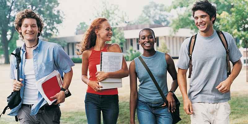 Several college students walking together.