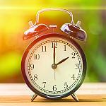 A wind-up alarm clock