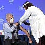 Dr. Fauci getting his COVID-19 Vaccine